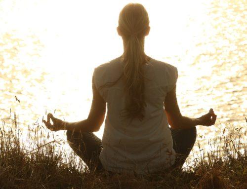 Yoga-Übungen – Die Berghaltung
